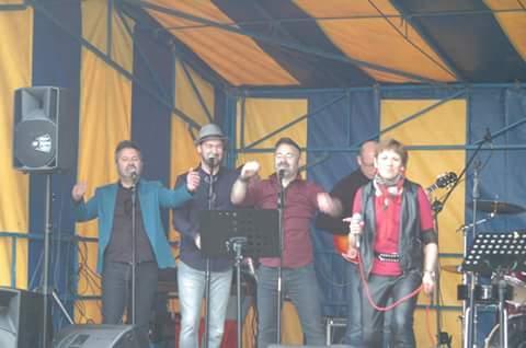 Les 4 chanteurs